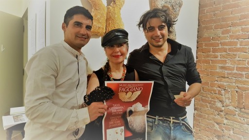 Photo of LindaAnn LoSchiavo with Marco and Andrea, the two Faggiano brothers